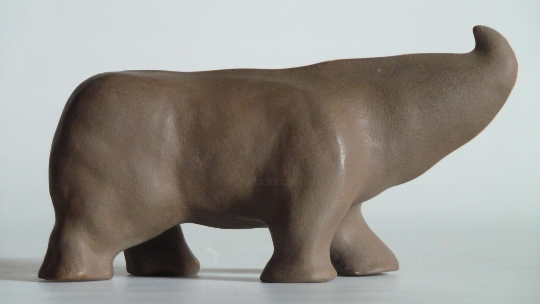 Gilles Quere - Petit-rhino brun